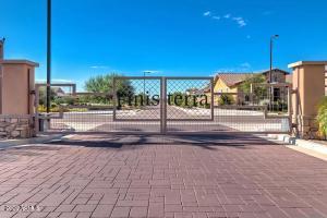 4277 E YELLOWSTONE Place, Chandler, AZ 85249