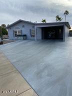 5827 E LAWNDALE Street, Mesa, AZ 85215