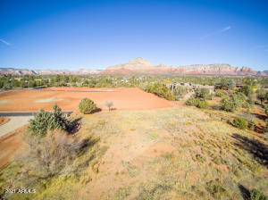 Lot 8 (refer to grass level lot siding to Coconino National Forest to the East of the lot)