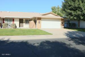9520 W SANDSTONE Drive, Sun City, AZ 85351