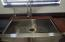 kitchen farmhouse/apron sink