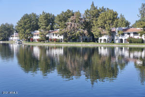 Fabulous Lakes Community of Harbour Village