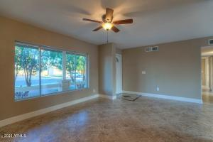 6104 N 72ND Drive, Glendale, AZ 85303