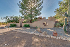 Welcome to Paradise Manor a Charming 10 Bedroom 10 Bath Home with a 3 Bedroom 3 Bath Casita