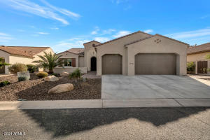 16755 W HOLLY Street, Goodyear, AZ 85395
