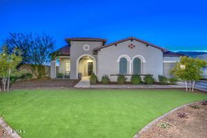11705 W Red Hawk Drive, Peoria, AZ 85383