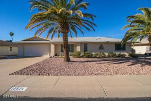 18824 N 124TH Drive, Sun City West, AZ 85375