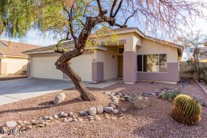 3861 E Barbarita Avenue, Gilbert, AZ 85234