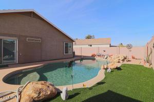 3255 S DESERT VIEW Drive, Apache Junction, AZ 85120