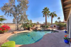 80 S LAURA Lane, Casa Grande, AZ 85194