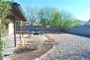 1023 E HAMPTON Avenue, Mesa, AZ 85204