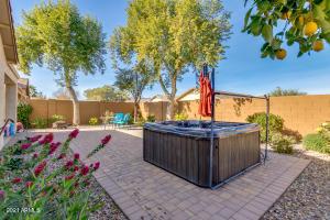 26114 W TONOPAH Drive, Buckeye, AZ 85396