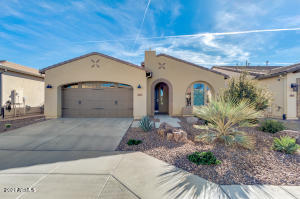 115 E Catalina Ln San Tan Valley, AZ 851