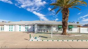 10527 W BELLAROSE Drive, Sun City, AZ 85351