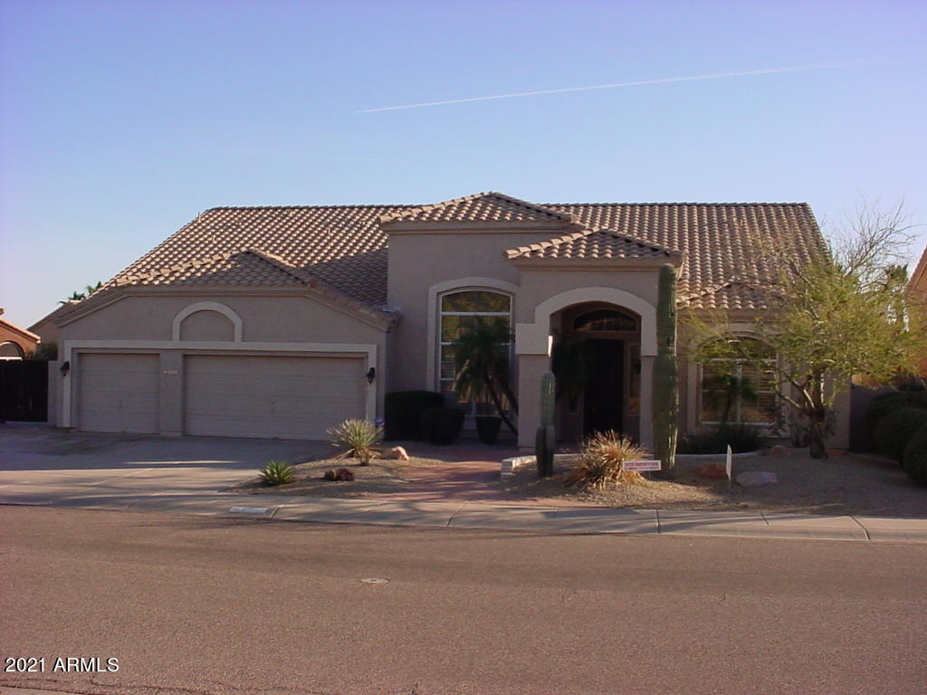 Property for sale at 1309 W Amberwood Drive, Phoenix,  Arizona 85045