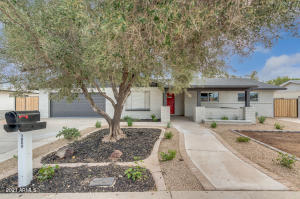1869 E PEGASUS Drive, Tempe, AZ 85283