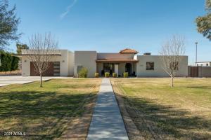 3056 S DIAMOND Drive, Chandler, AZ 85286