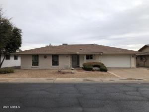 10811 W SARATOGA Circle, Sun City, AZ 85351