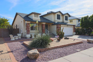 This home is located on a golf course with 3 bedrooms, 3 baths, over 1800 square feet, formal living & dining areas, fireplace, inside laundry, and great views.