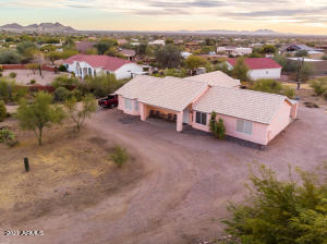 120 S GERONIMO Road, Apache Junction, AZ 85119
