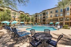 5450 E DEER VALLEY Drive, 2181, Phoenix, AZ 85054