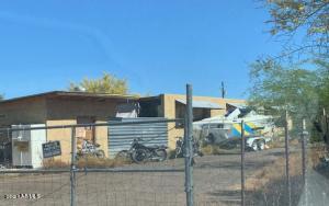 43916 N 12TH Street N, New River, AZ 85087