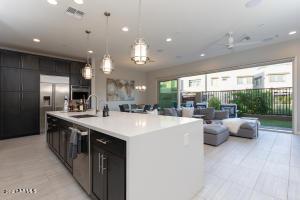 7342 E CASITAS DEL RIO Drive, Scottsdale, AZ 85255