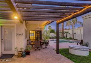 9827 N 54TH Avenue, Glendale, AZ 85302