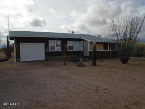 30840 W CARLISE Road, Wickenburg, AZ 85390
