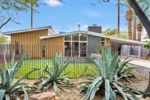 4523 E PICCADILLY Road, Phoenix, AZ 85018