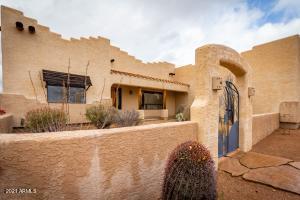 35855 N 3RD Street, Phoenix, AZ 85086