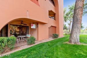 12212 N PARADISE VILLAGE Parkway, 122, Phoenix, AZ 85032