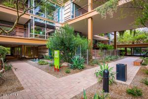7121 E RANCHO VISTA Drive, 7008, Scottsdale, AZ 85251