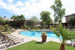 5401 E VAN BUREN Street, 2033, Phoenix, AZ 85008