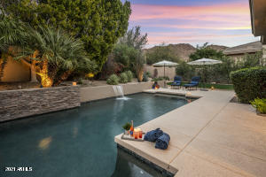 Ahhhmazing backyard for entertaining, family fun times or just relaxing... ahead of you here.