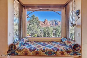 25 Canyon Shadows Drive, Sedona, AZ 86336