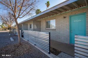 1019 E TEMPE Drive, Tempe, AZ 85281