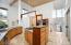 Dacor double ovens & warming drawer, SubZero refrig/freezer & spacious walk-in pantry