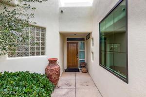 5101 N CASA BLANCA Drive, 328, Paradise Valley, AZ 85253