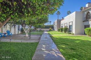 7748 E CAMELBACK Road, Scottsdale, AZ 85251