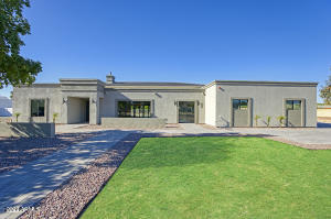 10008 N 68TH Street E, Paradise Valley, AZ 85253