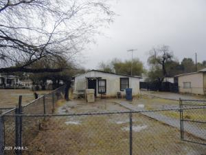 620 E IRWIN Avenue, Buckeye, AZ 85326