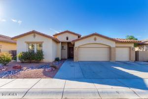451 W WILDHORSE Drive, Chandler, AZ 85286