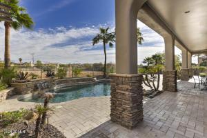 1542 W SALTSAGE Drive, Phoenix, AZ 85045
