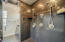 Owner's Bath (3)