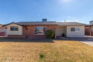 8523 E WINDSOR Avenue, Scottsdale, AZ 85257