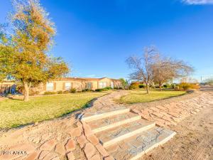 2615 S 195TH Drive, Buckeye, AZ 85326