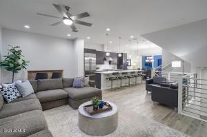1717 E MORTEN Avenue, 30, Phoenix, AZ 85020