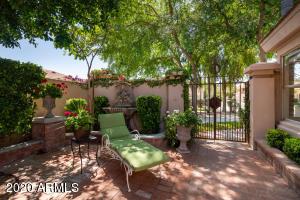 7799 E OAKSHORE Drive, Scottsdale, AZ 85258