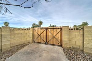 1874 E GENEVA Drive, Tempe, AZ 85282